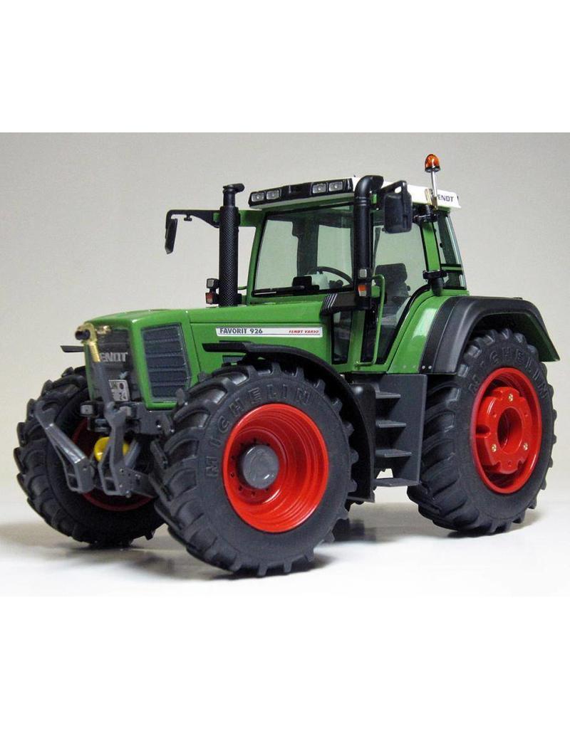 Weise Toys Weise Toys 1025 - Fendt 926 Vario - 1e Generatie 1996-2000 1:32