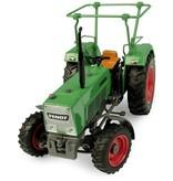 Universal Hobbies Universal Hobbies 5309 - Fendt Farmer 4S - 4WD met veiligheidsframe 1:32
