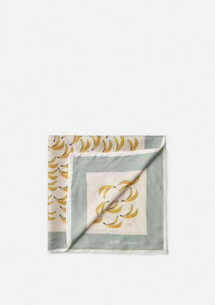 Chief scarf banana print