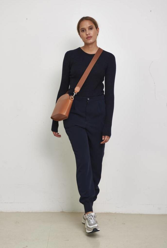 Core cuff trouser navy