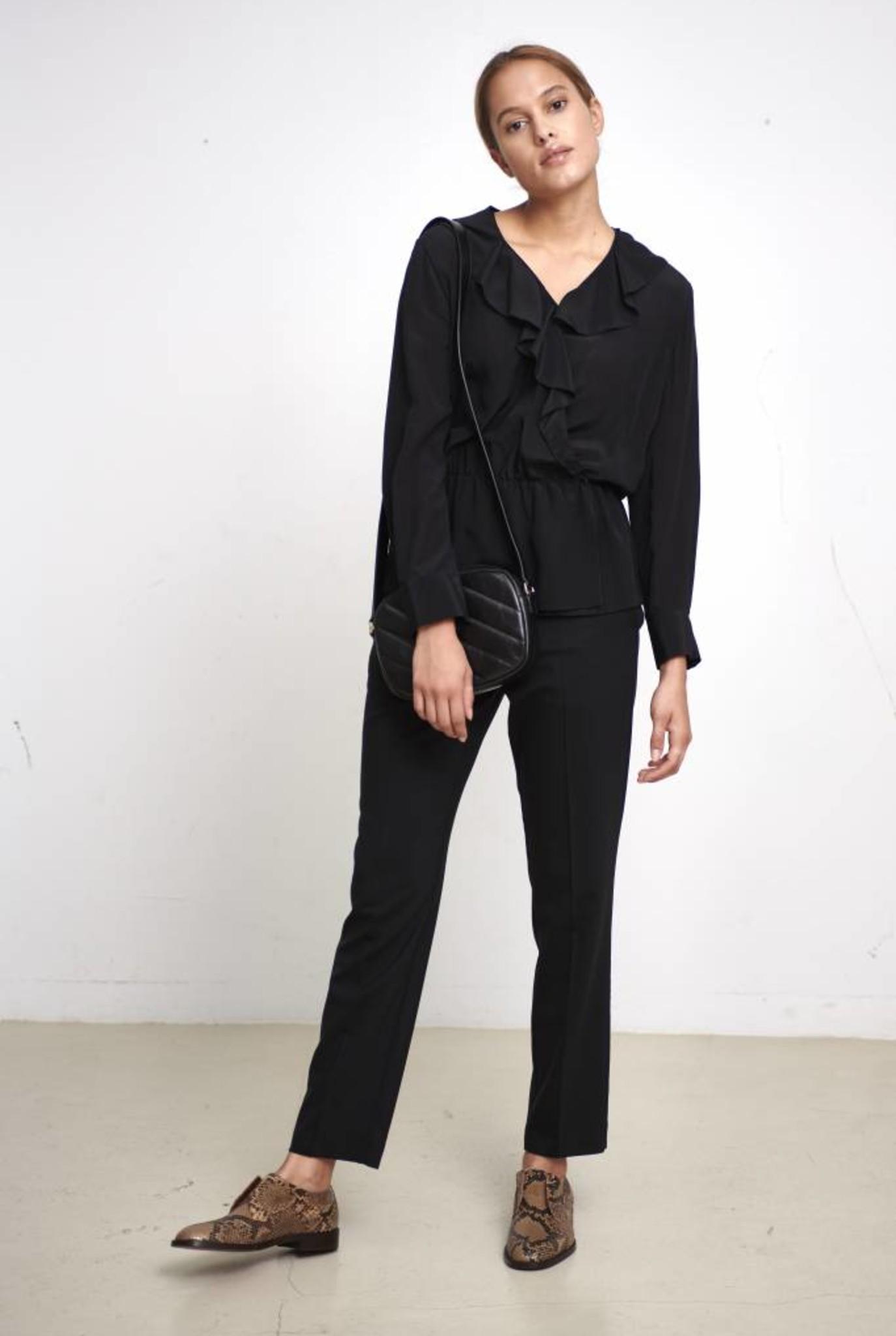 Edna blouse black