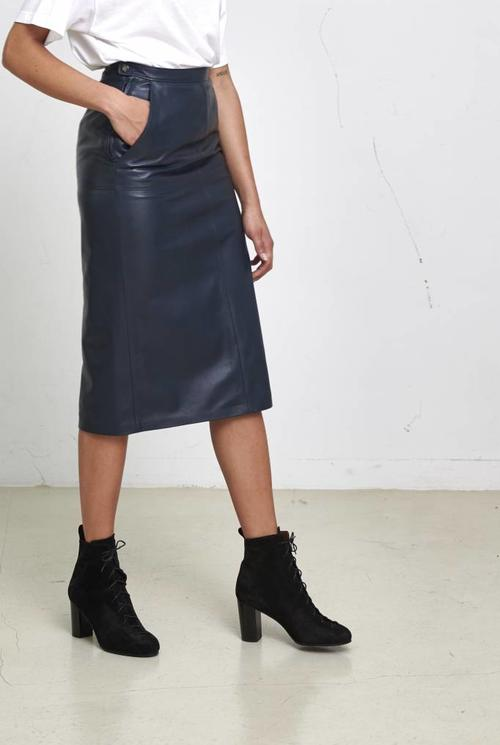 Simone skirt navy leather