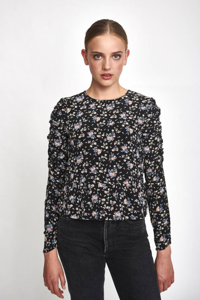 Nimue top all over flower