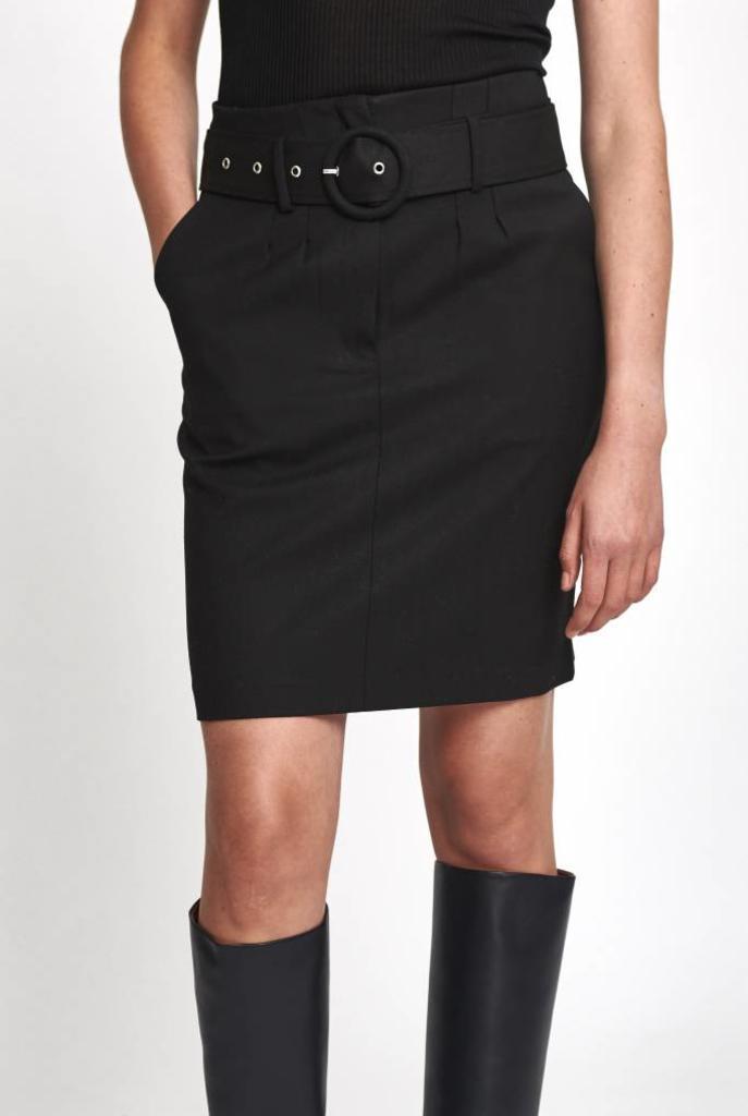 Mika skirt in black