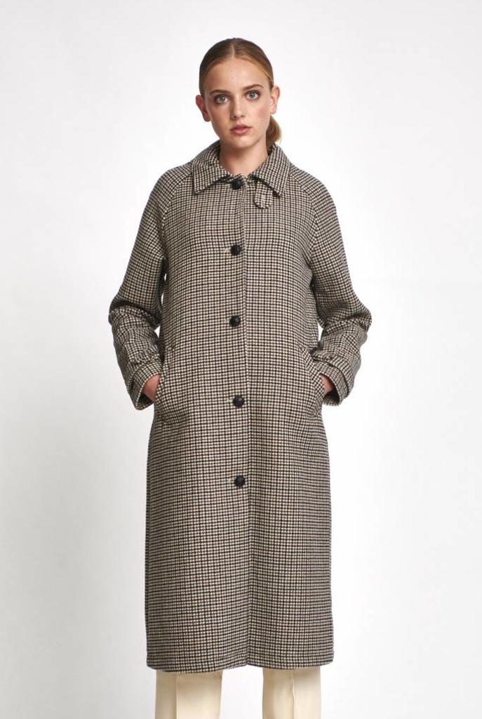Clemence coat in Pied de Poule