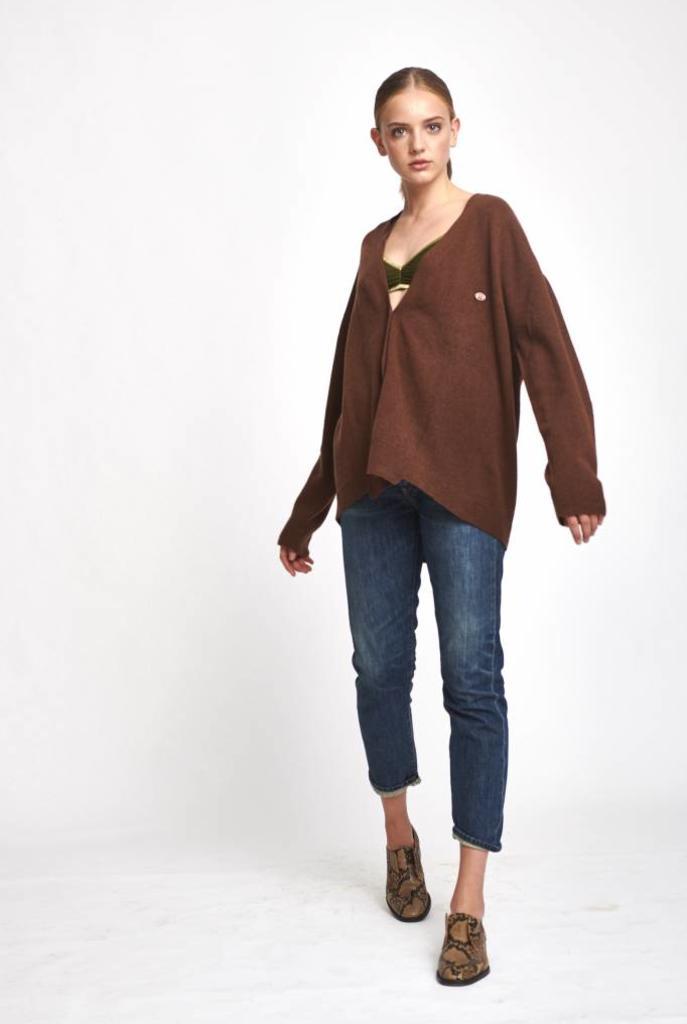 Oversized vest wool hazelnut