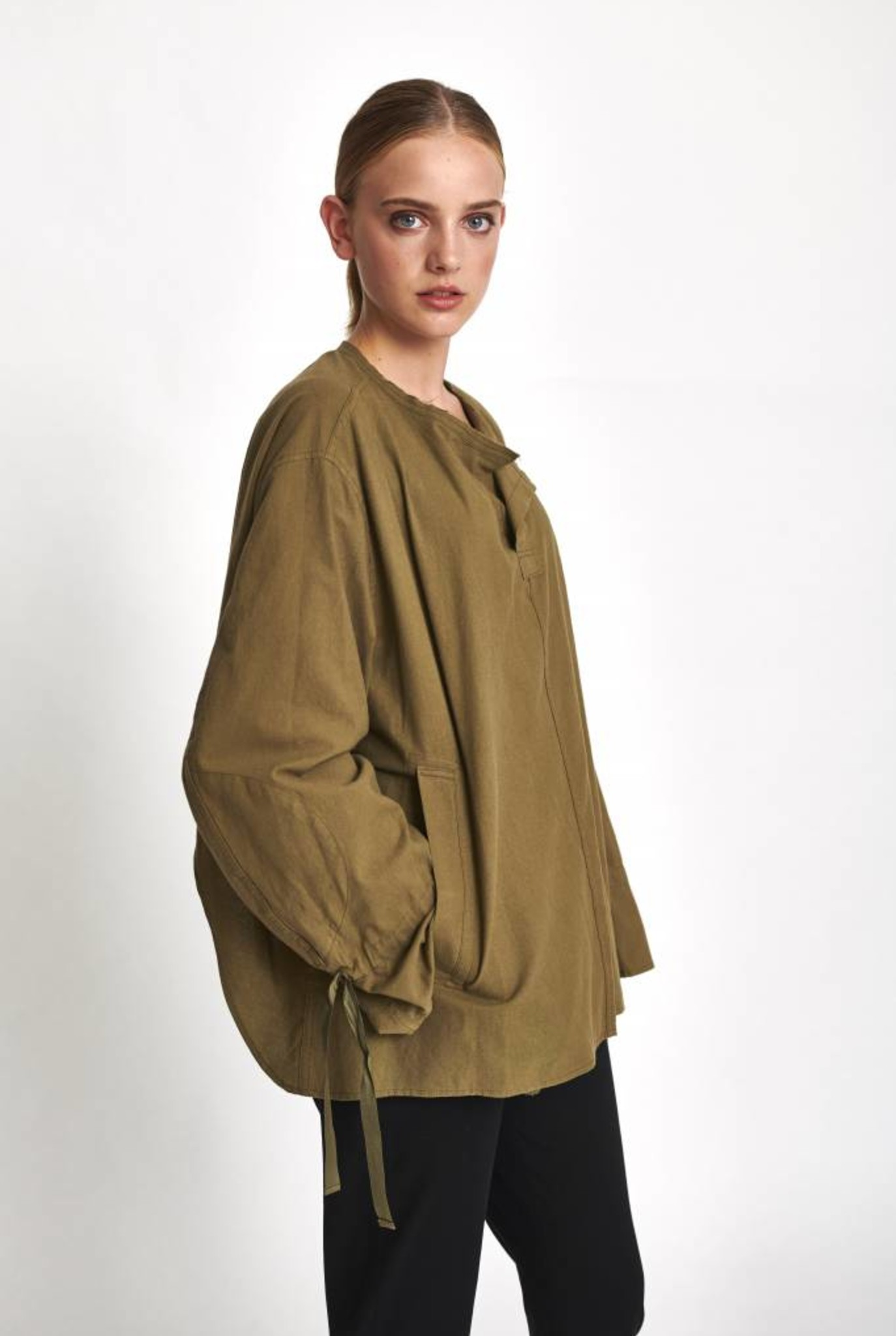 Oversized shirt khaki