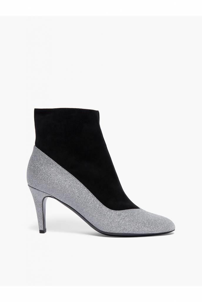Violet boot black silver