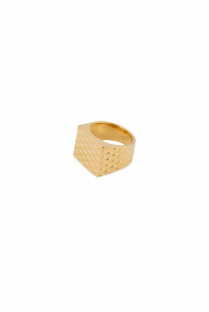 Ring goldplated square seal