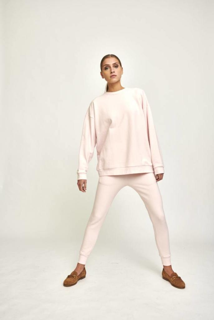 Classic sweater rose water