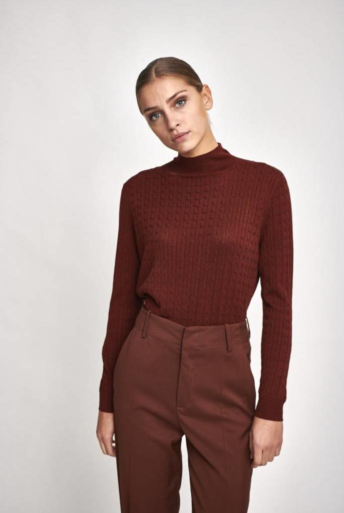 Esmee sweater in retro brown