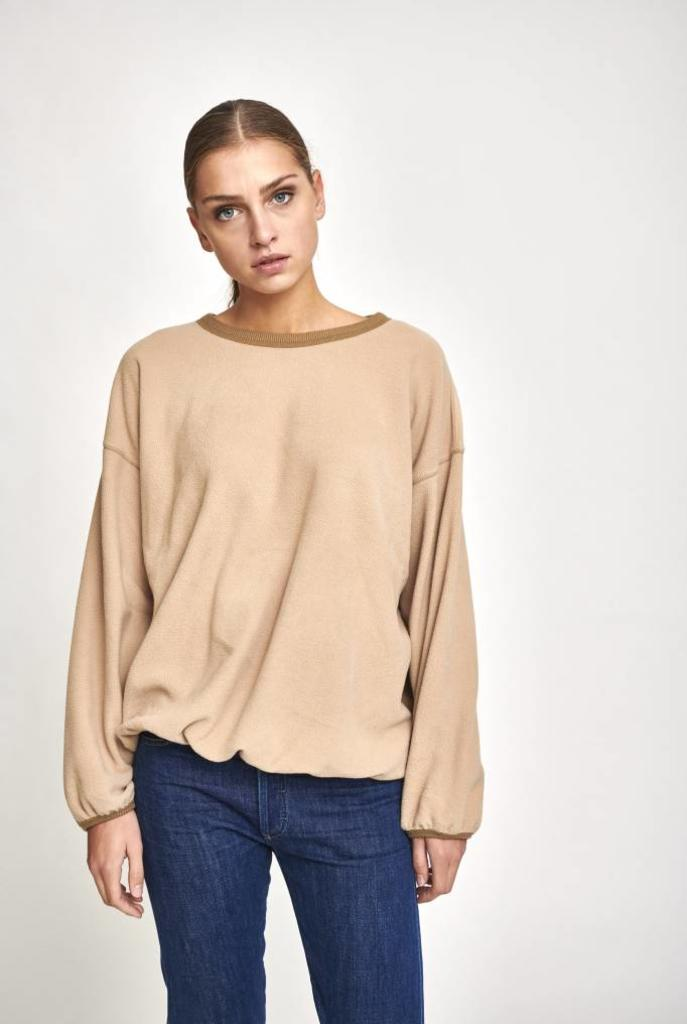 sweater wide sleeve beige fleece