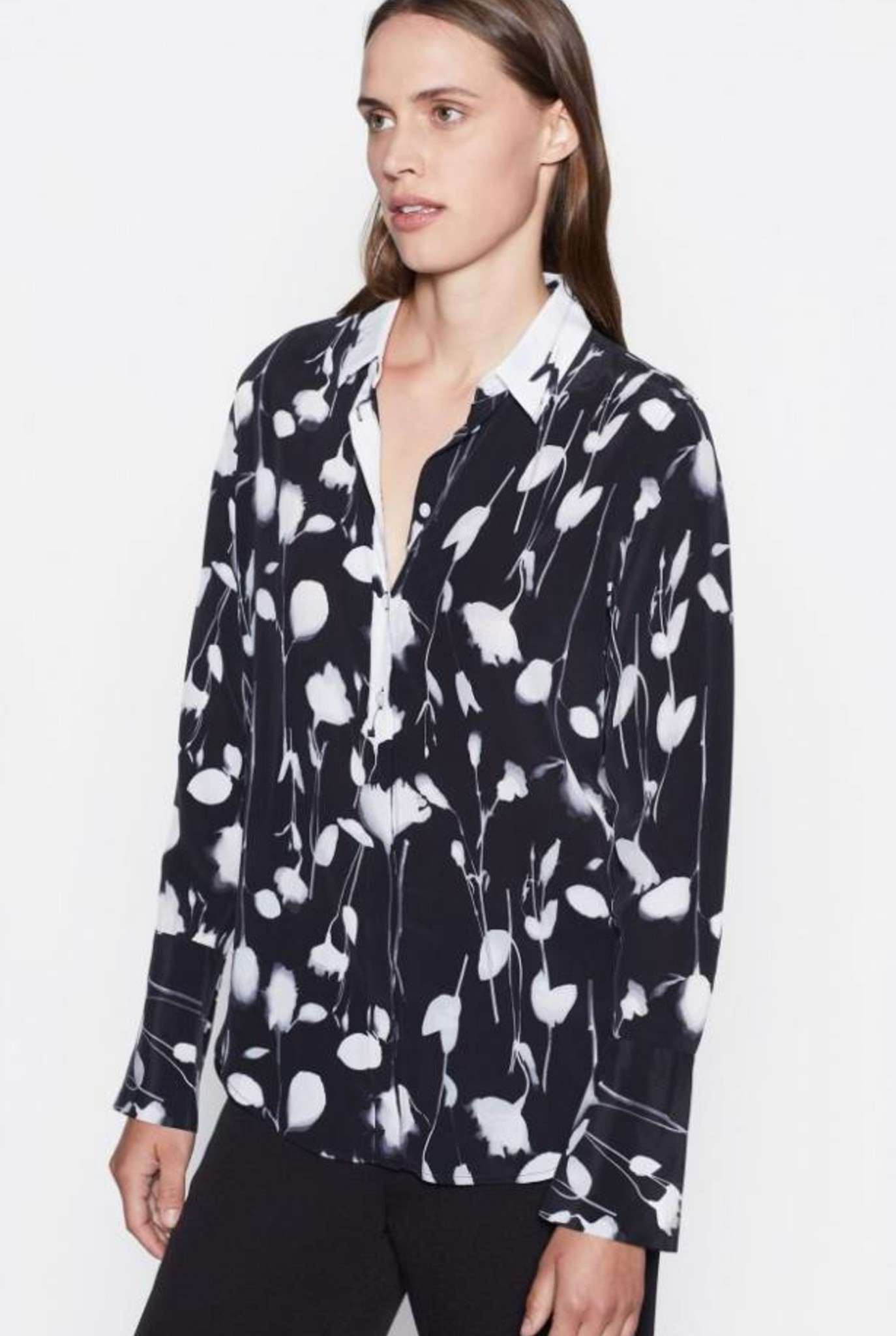 Eleonore blouse True Black flowers