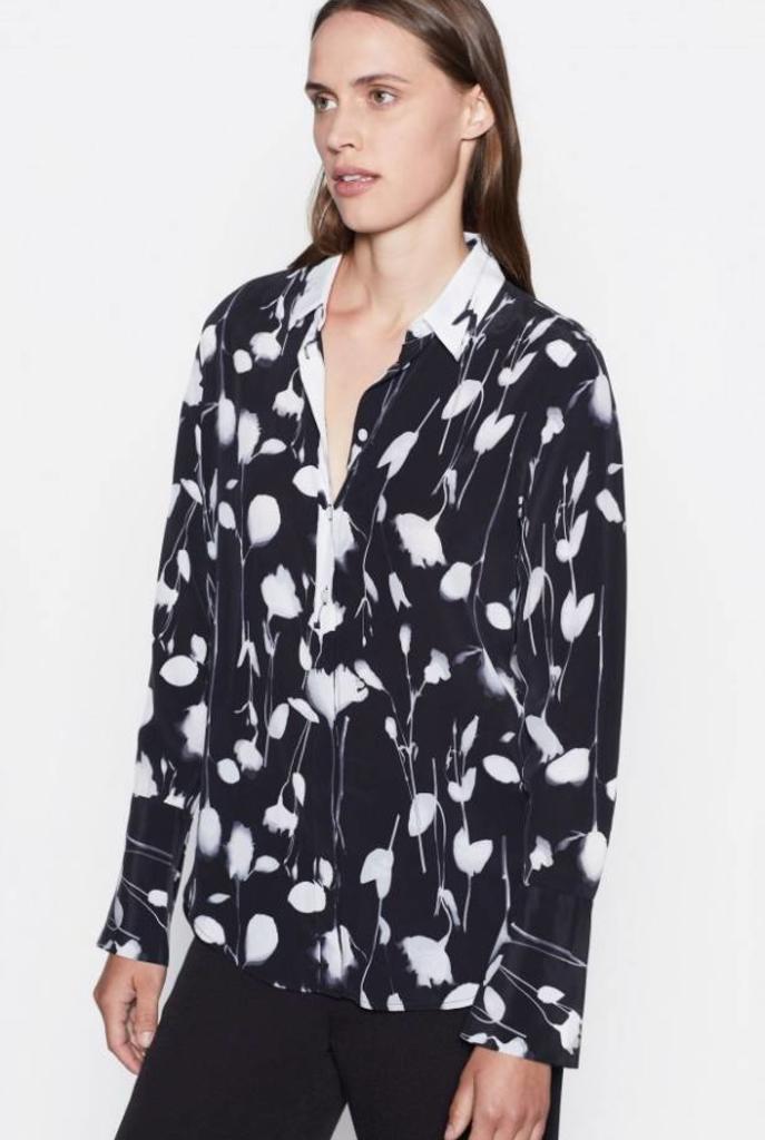 Eleonore blouse True Black flowers