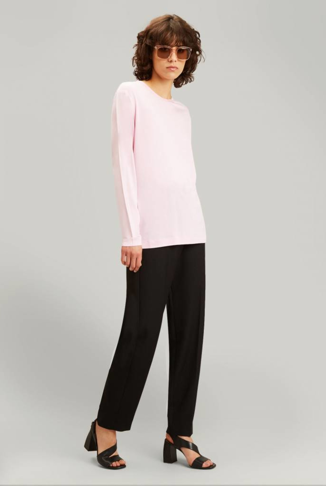 Crew neck sweater open cashmere carnation