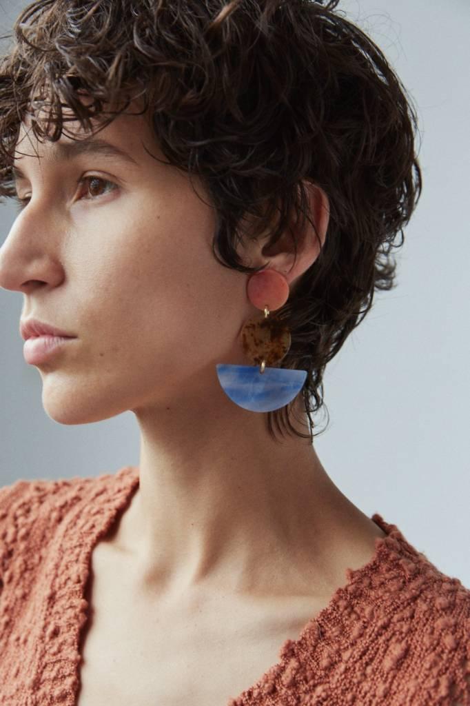 Neale earrings orange marble