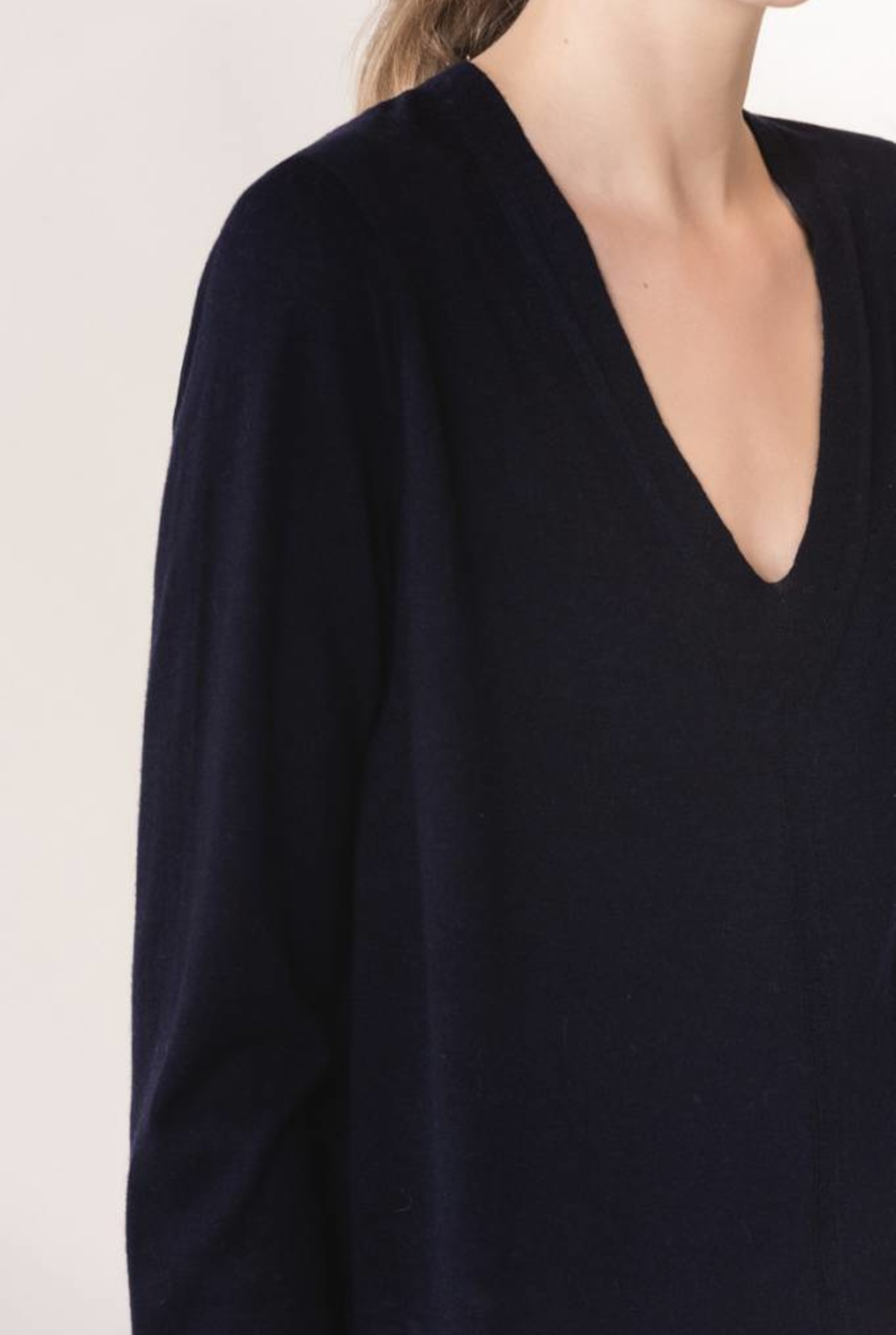 Laela sweater navy