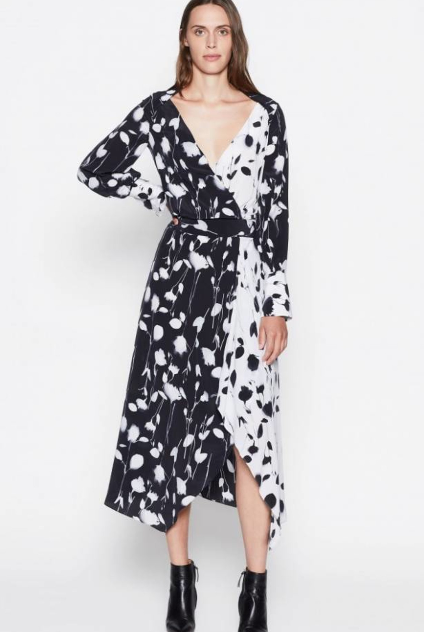 Neema dress True black print