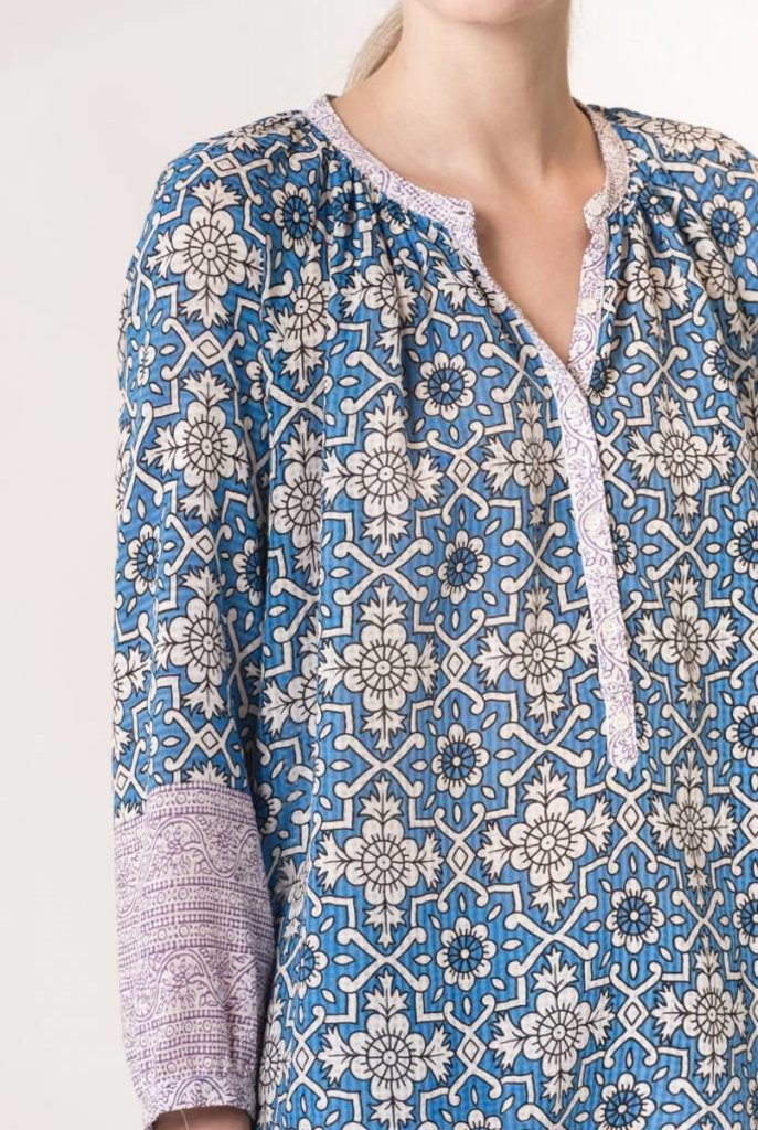 Ivry blouse royal blue print