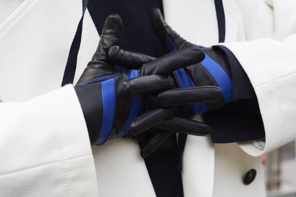 Sofia gloves black blue leather