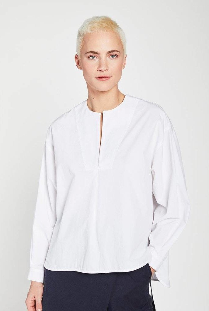 Audition blouse white
