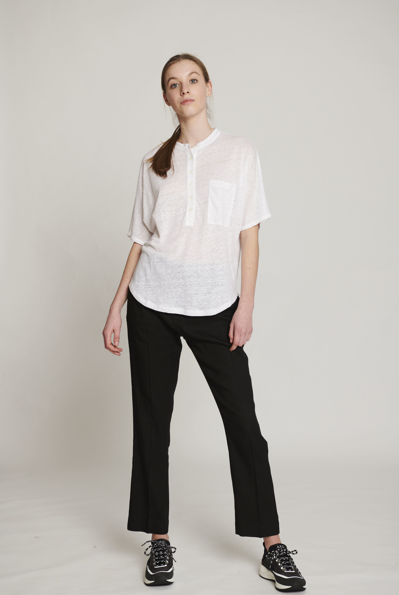 Moroccan neck t-shirt white