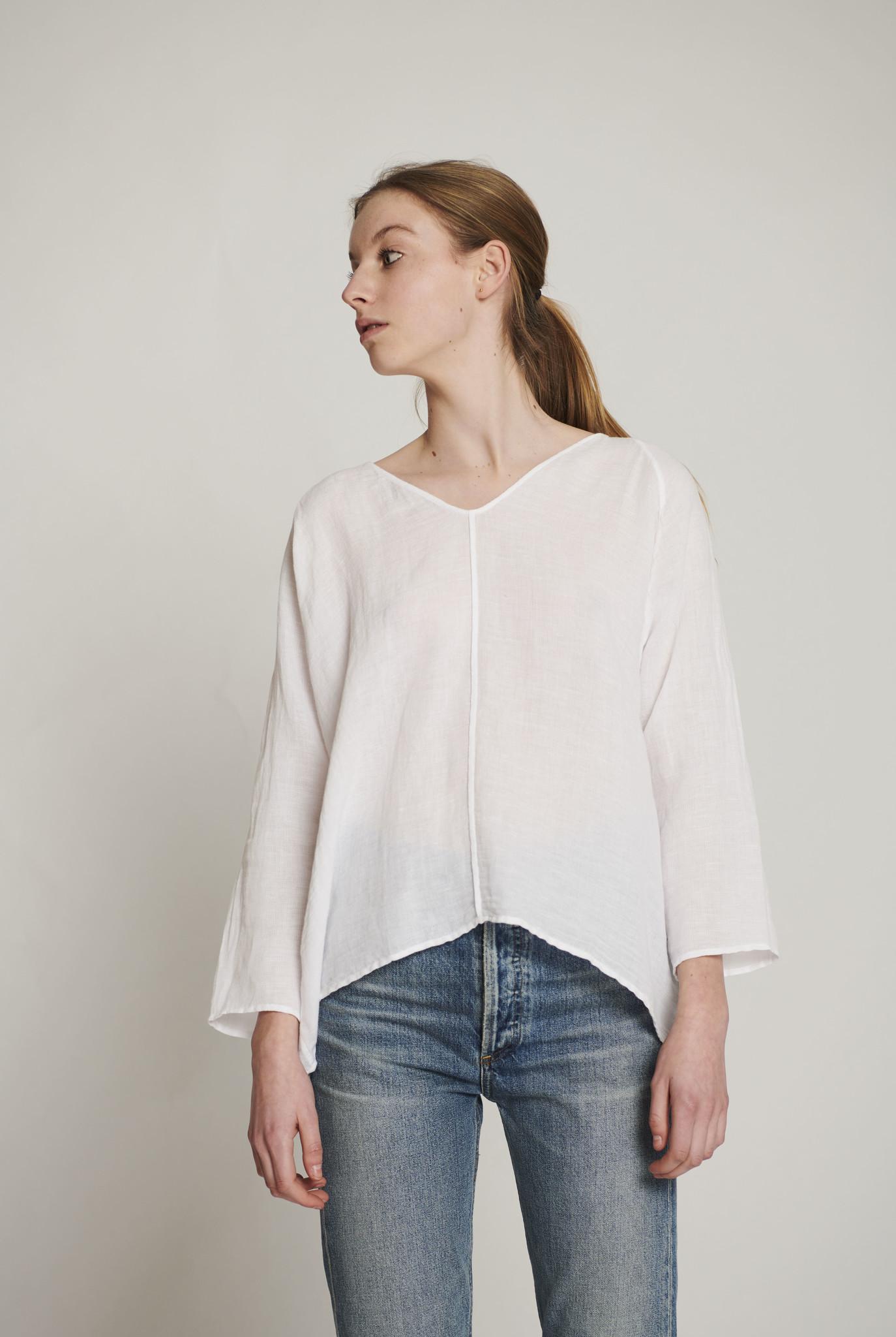 V top white linen cotton