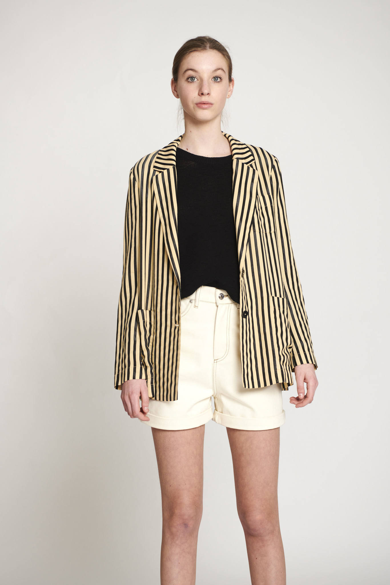 striped blazer beige black