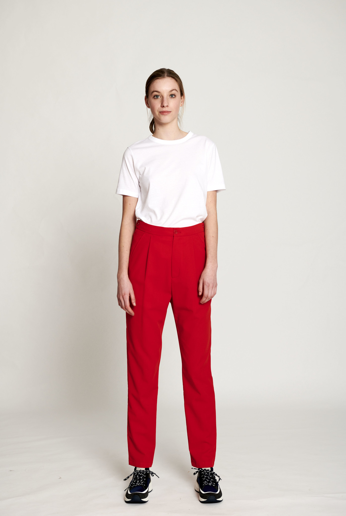 Core trouser red