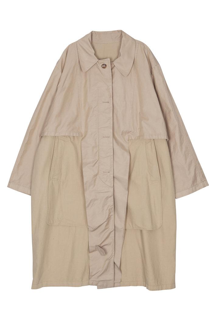 Trench coat long beige
