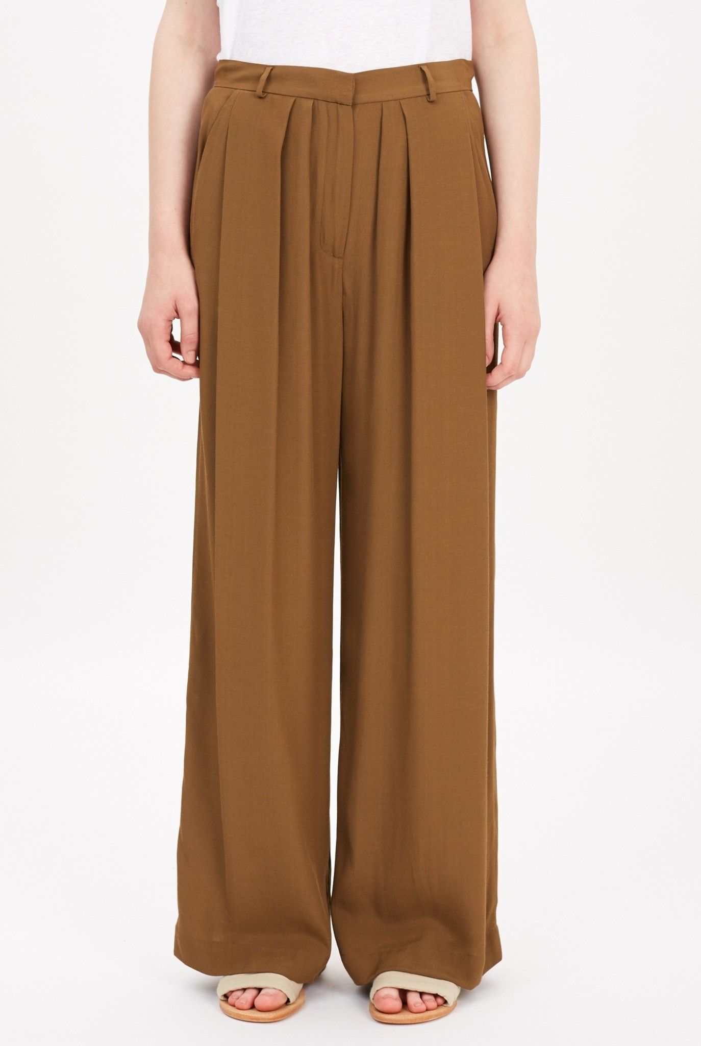 High waist pleated trouser khaki