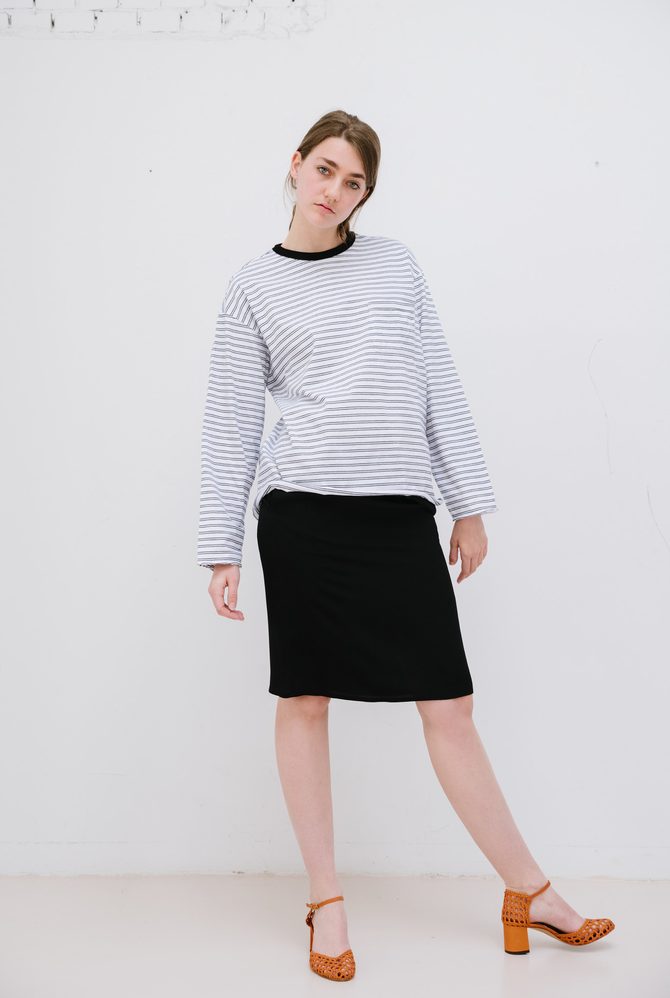 Thick stripe t-shirt black white