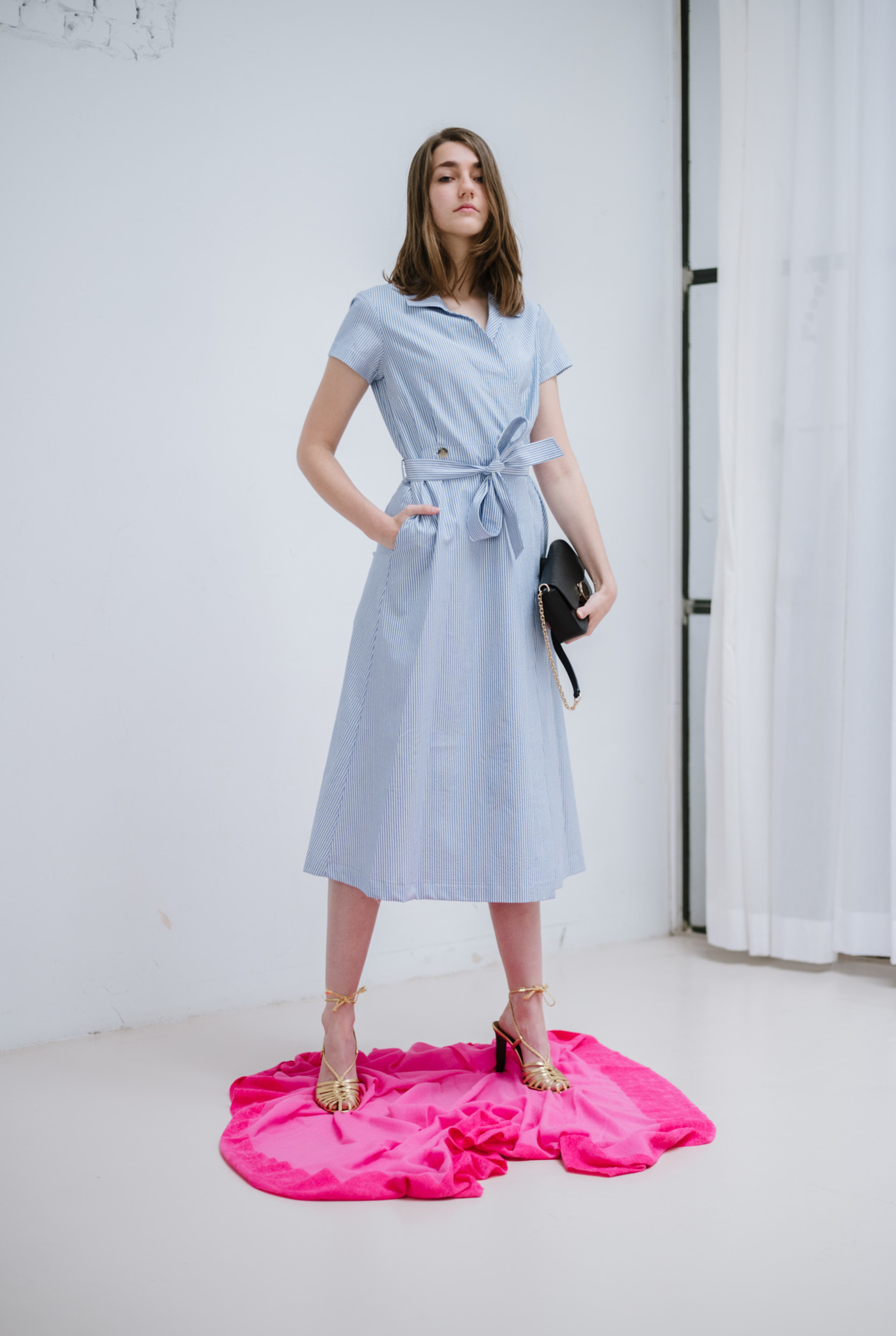 Anouk wrap dress white blue