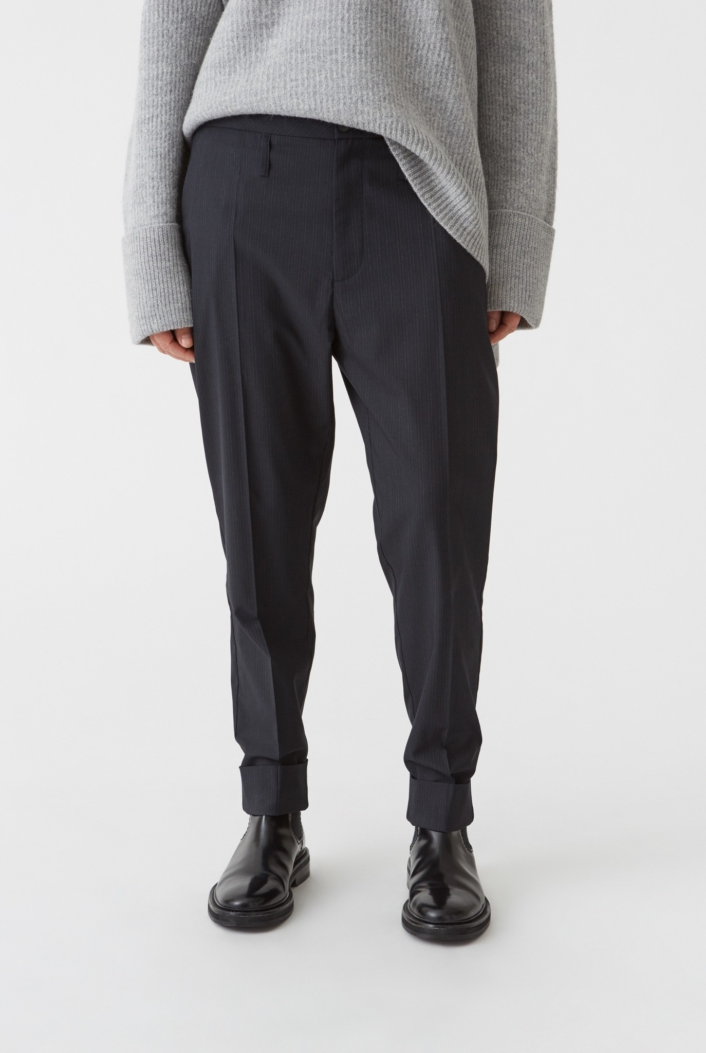 Law trouser Navy stripe
