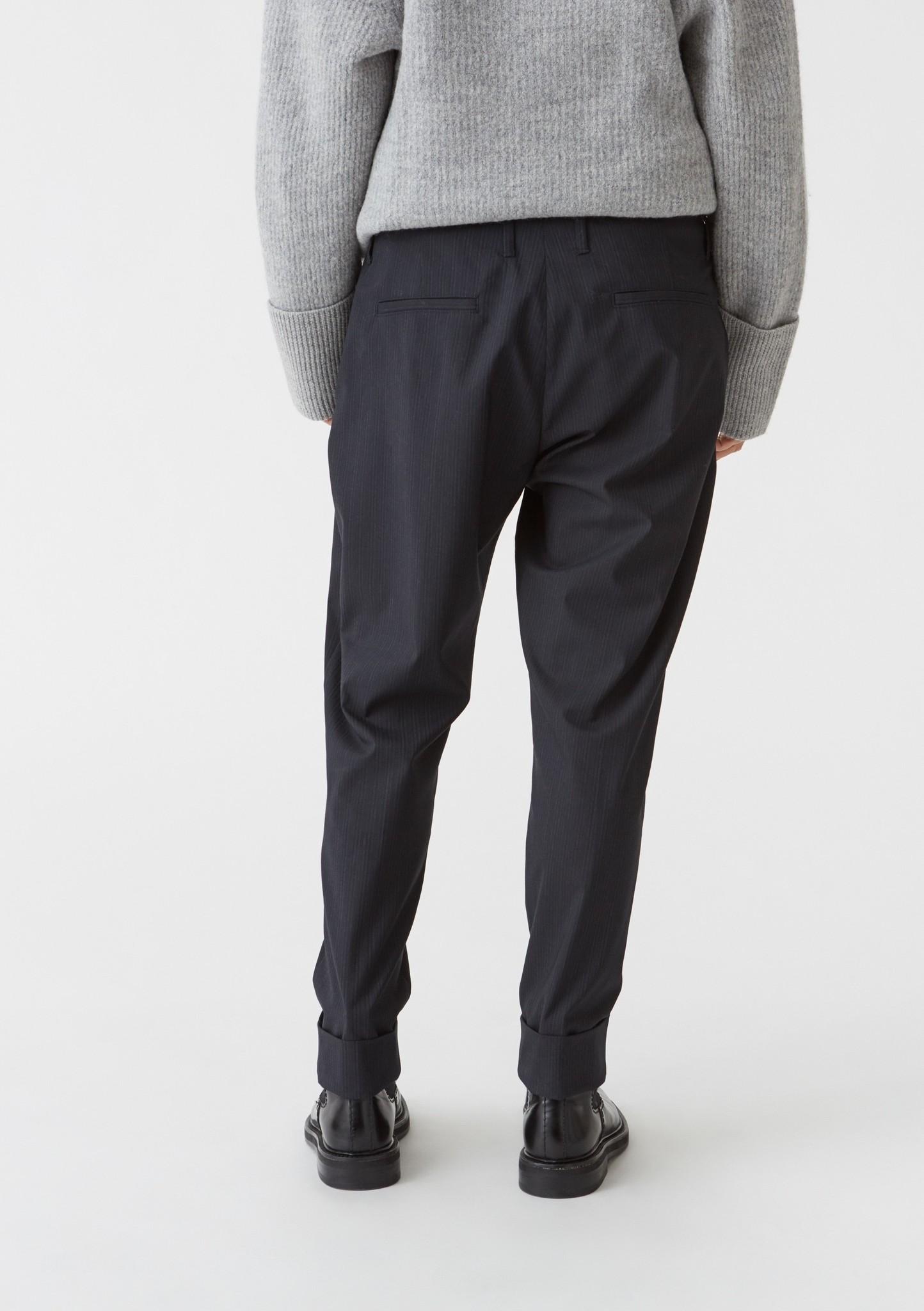 Law trouser Navy stripe