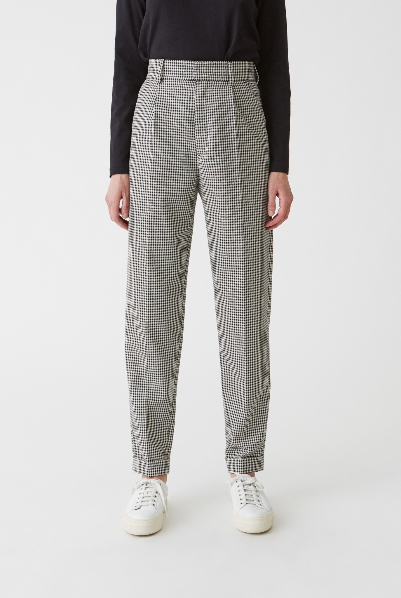 Star trouser Black check