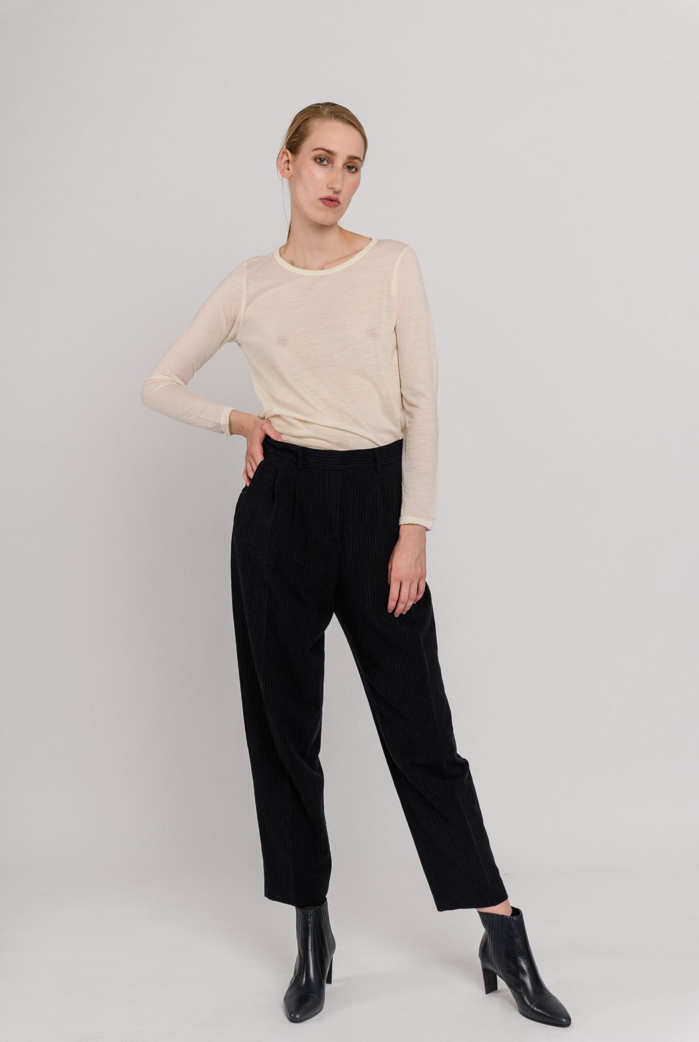 Longsleeve t-shirt creme wool
