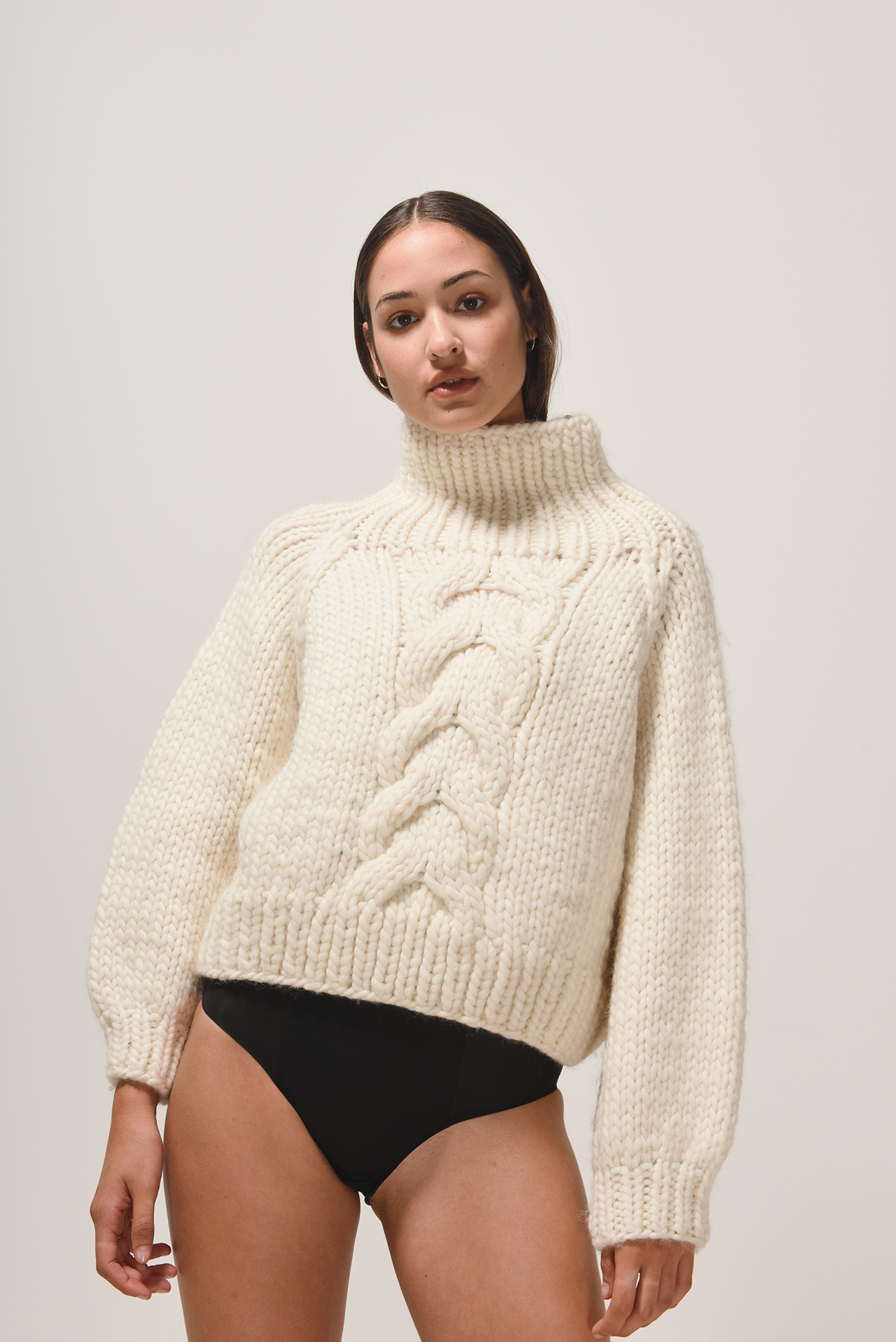 Cropped cable Cream
