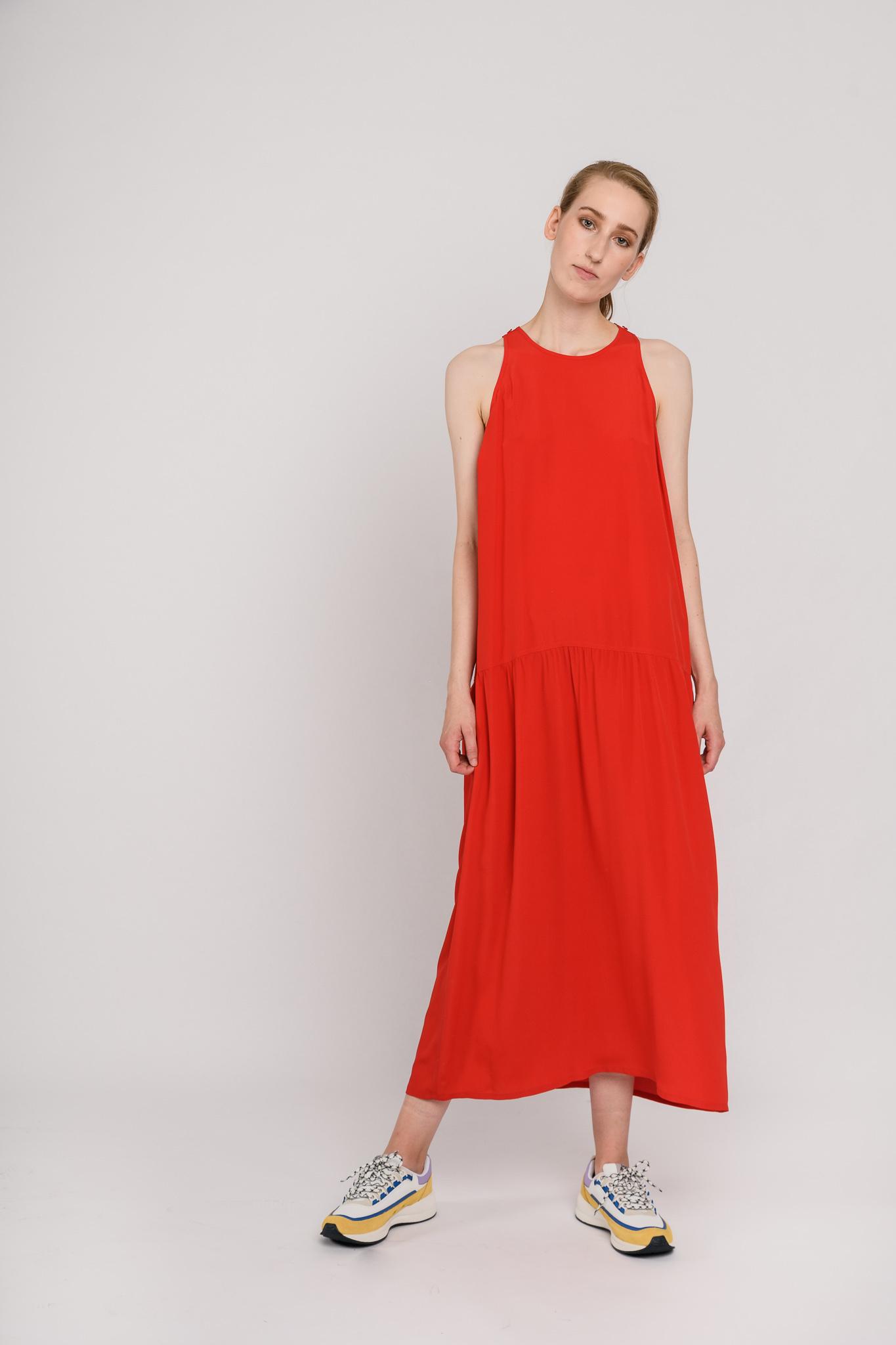 Daisy dress red silky