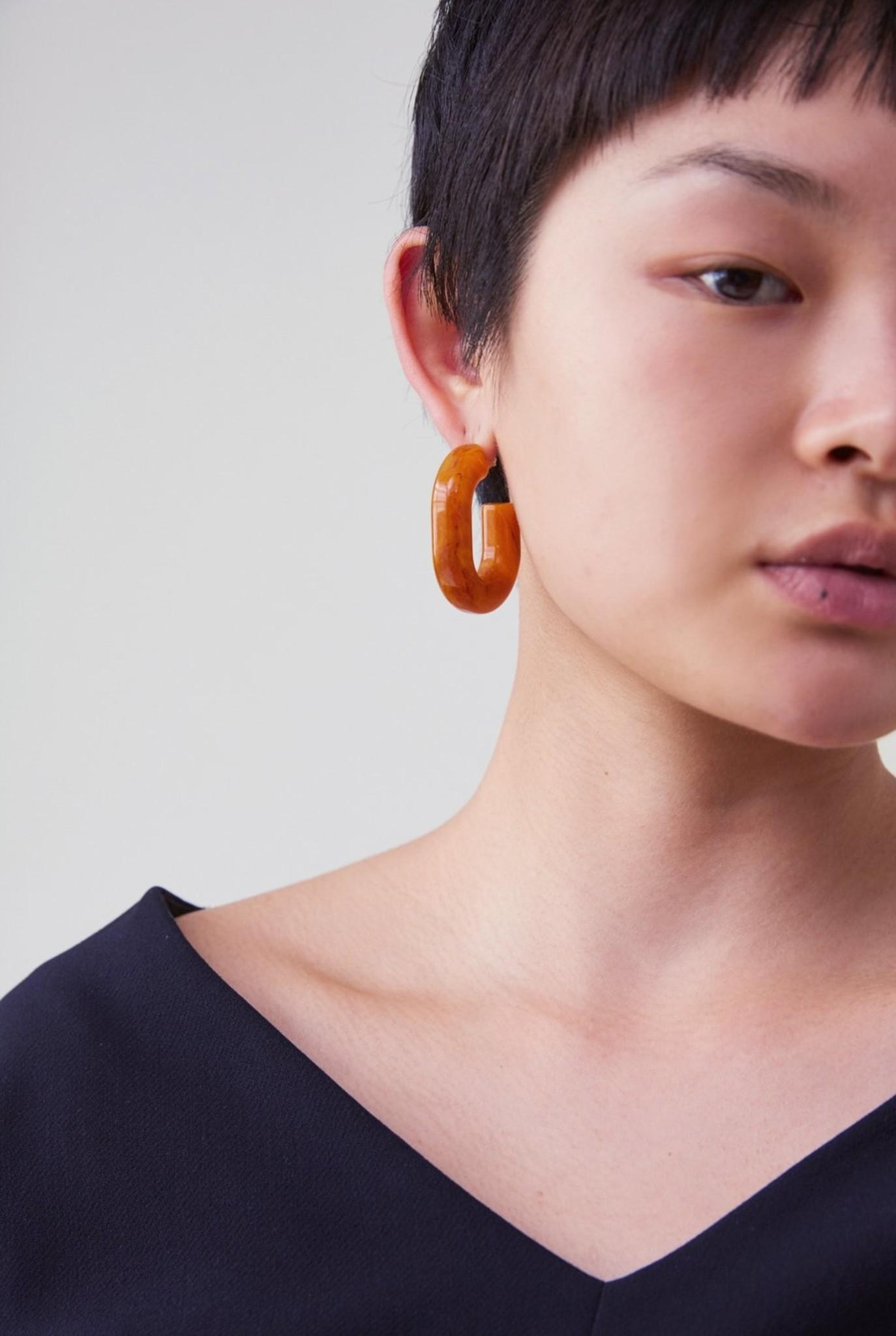 Small keeper earrings orange marble
