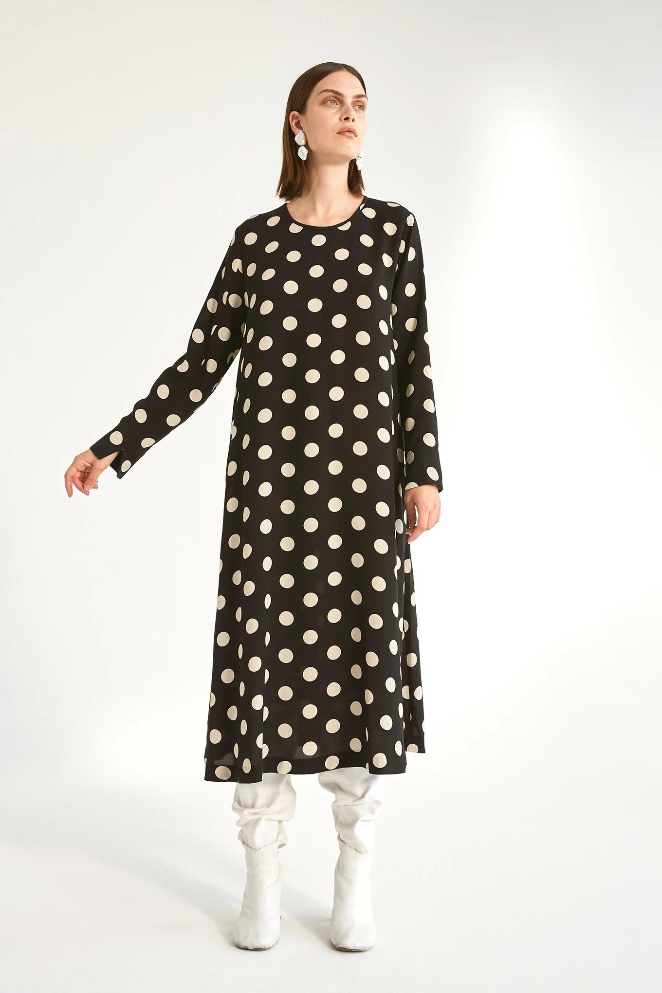 Aba dress medium dot