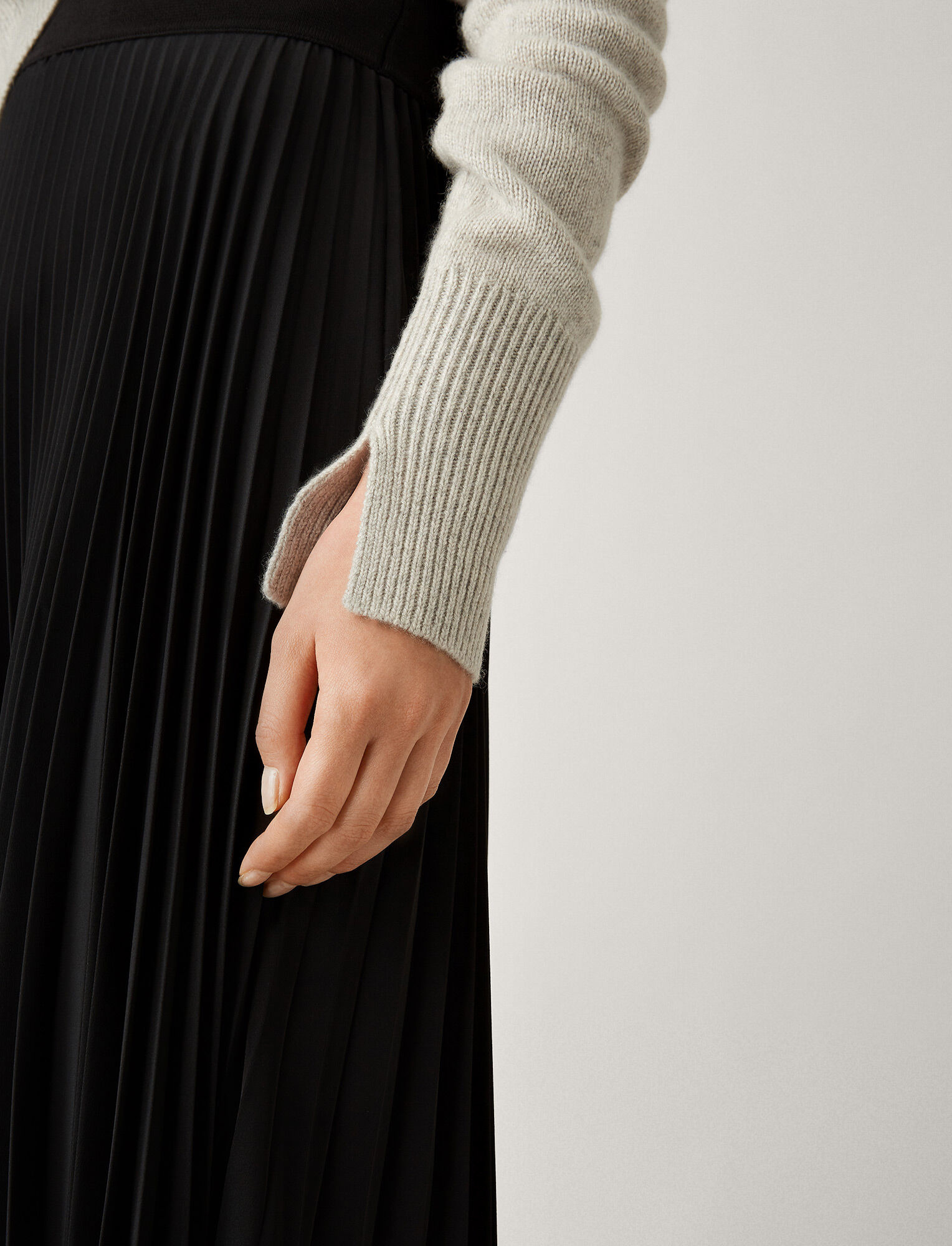Round neck sweater Pearl cashmere