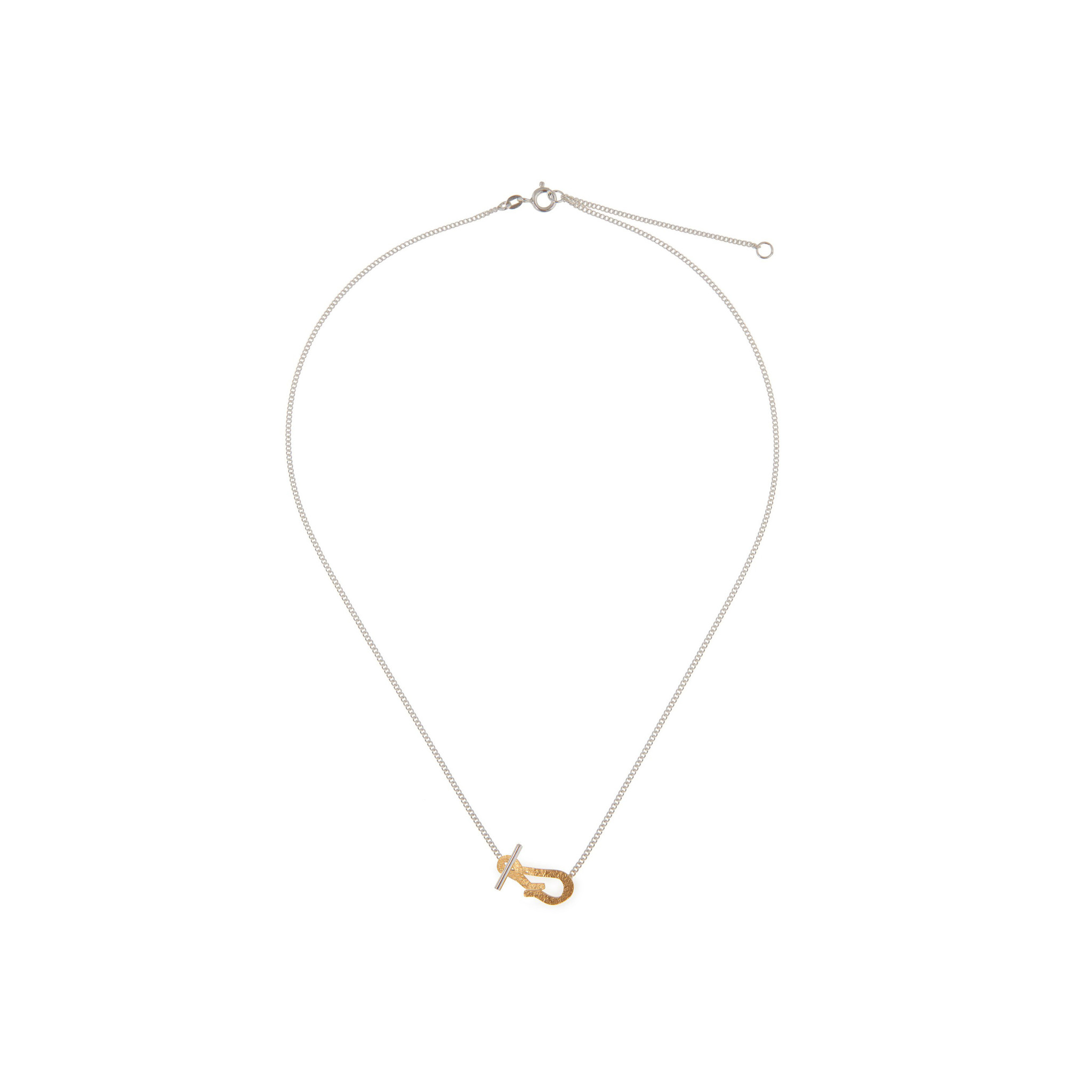 Elegant necklace with clasp
