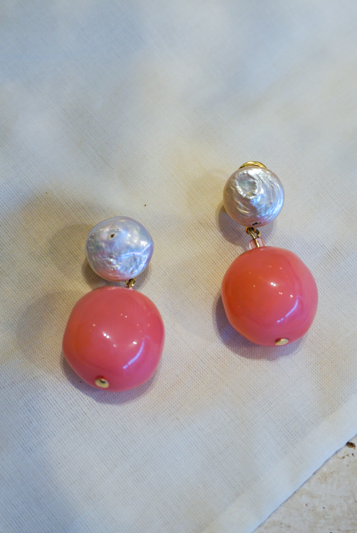 Gumdrop earring Berry