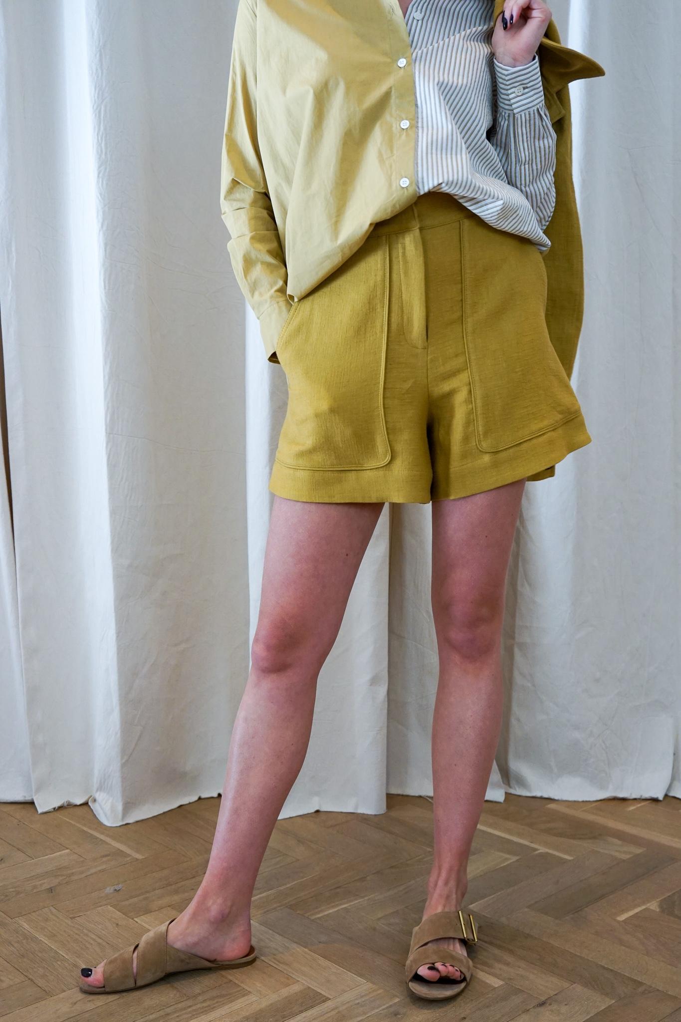 Iala shorts Honey