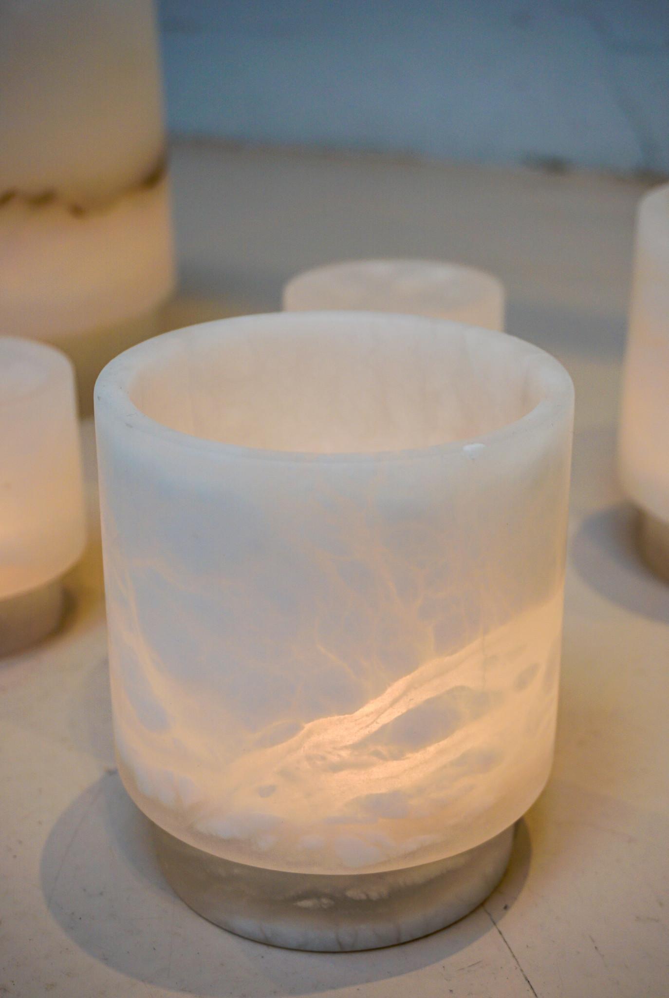 Alabaster Tlight holder M white