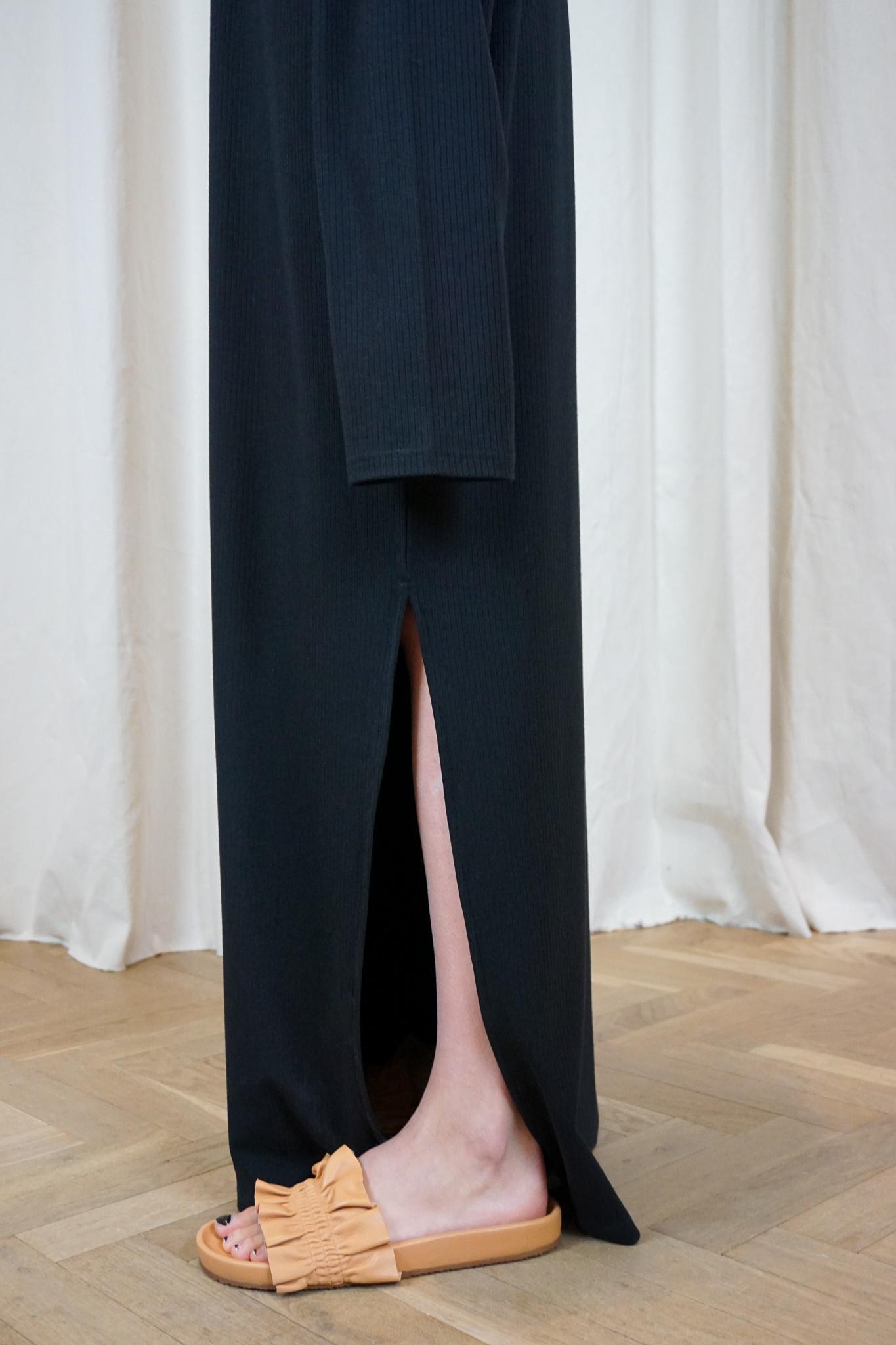 LOL split dress black rib