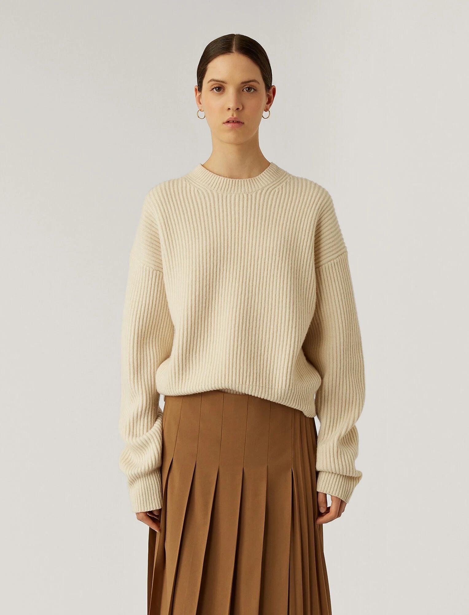 Rd Nk Ls Sweater Cardigan Stitch Ivory