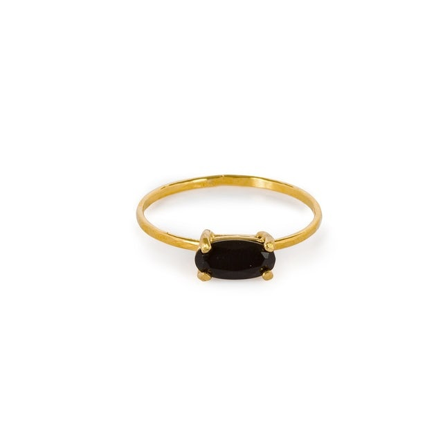 Single onyx ring gold plated