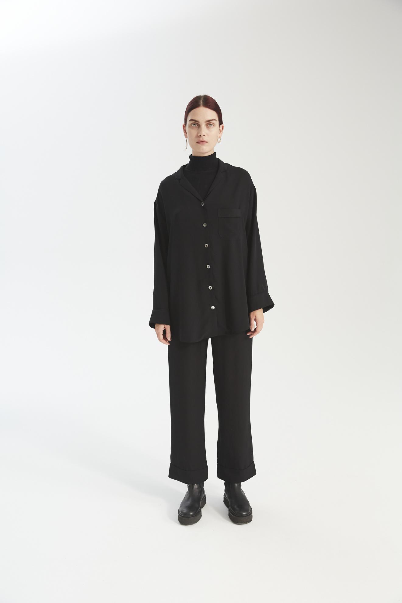 Payne PJ shirt black